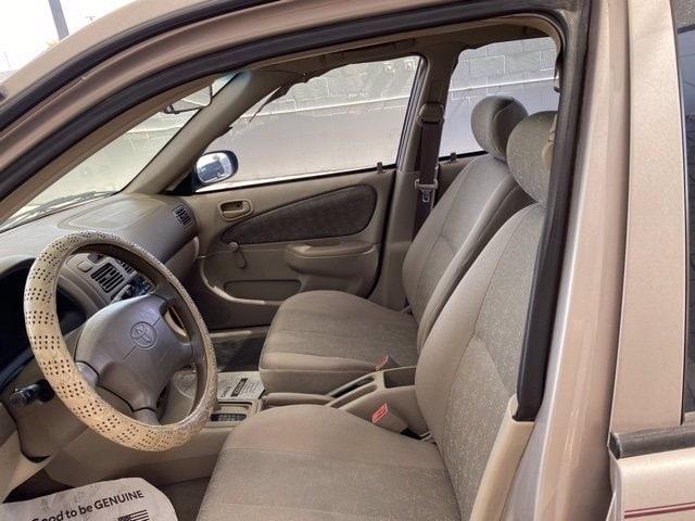 Toyota Corolla 2000 price $3,986