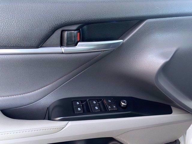 Toyota Camry 2018 price $25,981