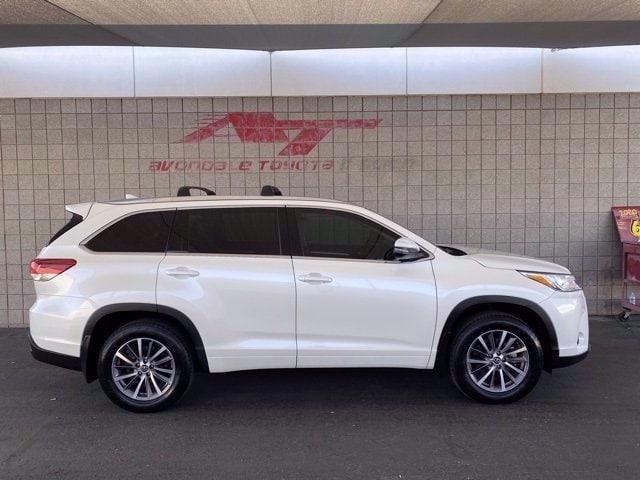 Toyota Highlander 2018 price $32,981