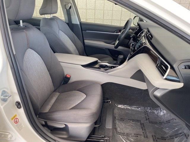 Toyota Camry 2018 price $17,481