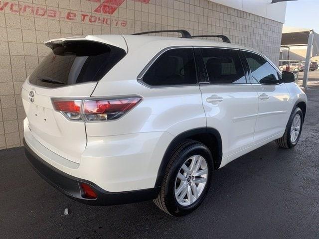 Toyota Highlander 2016 price $22,981