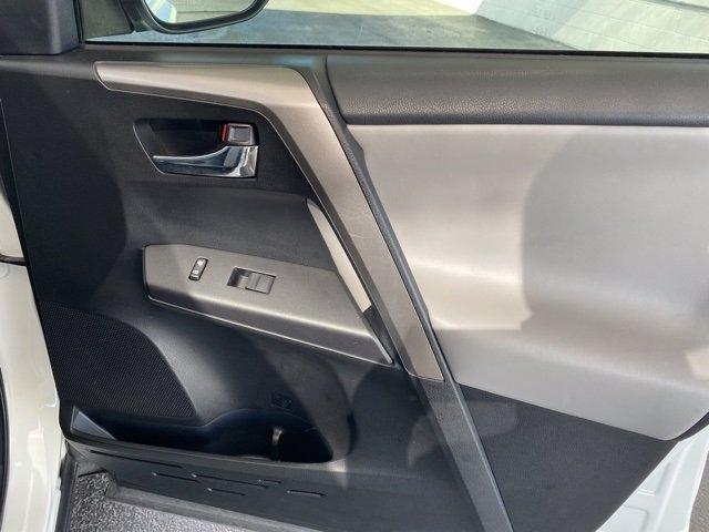 Toyota RAV4 2018 price $21,982