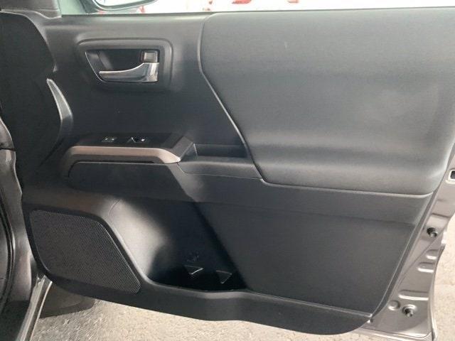 Toyota Tacoma 2018 price $36,782