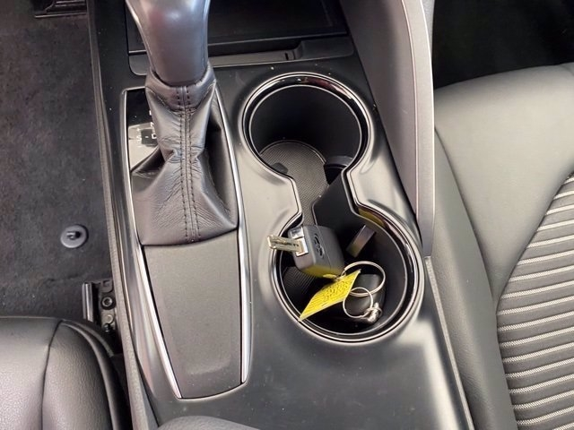 Toyota Camry 2019 price $20,183