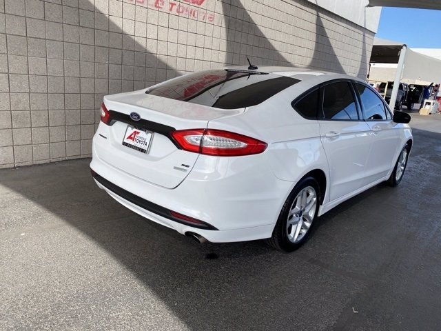 Ford Fusion 2016 price $10,282