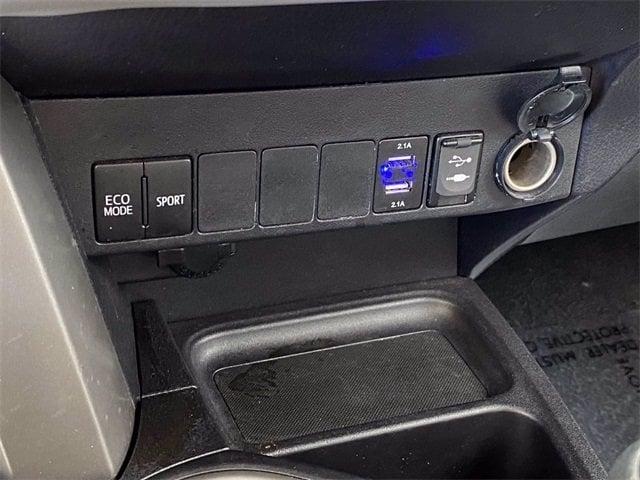 Toyota RAV4 2017 price $18,685