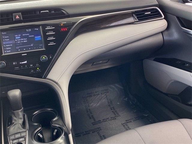Toyota Camry Hybrid 2020 price $23,983