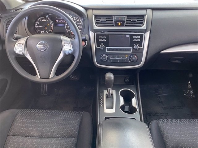 Nissan Altima 2016 price $10,581