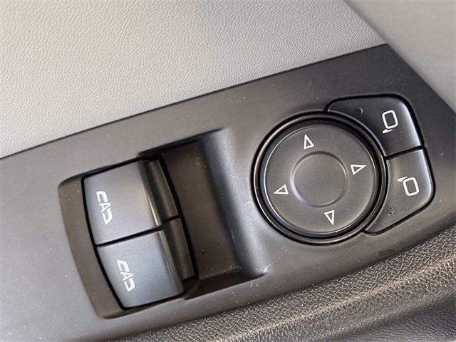 Chevrolet Camaro 2016 price $19,981