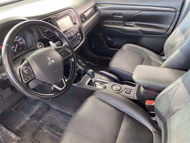 Mitsubishi Outlander 2016 price $16,481