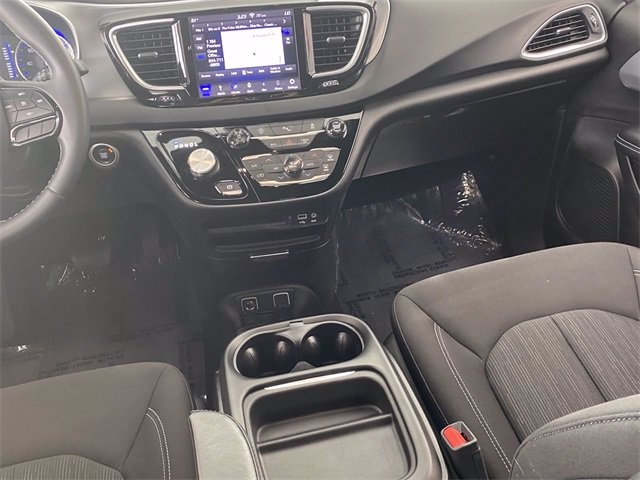 Chrysler Pacifica 2018 price $23,981