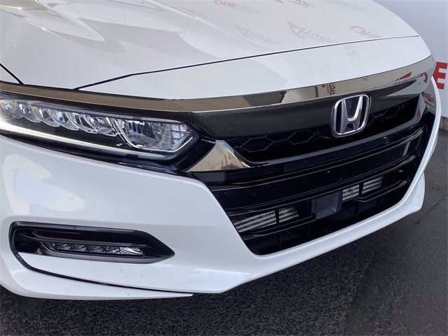 Honda Accord 2018 price $21,981