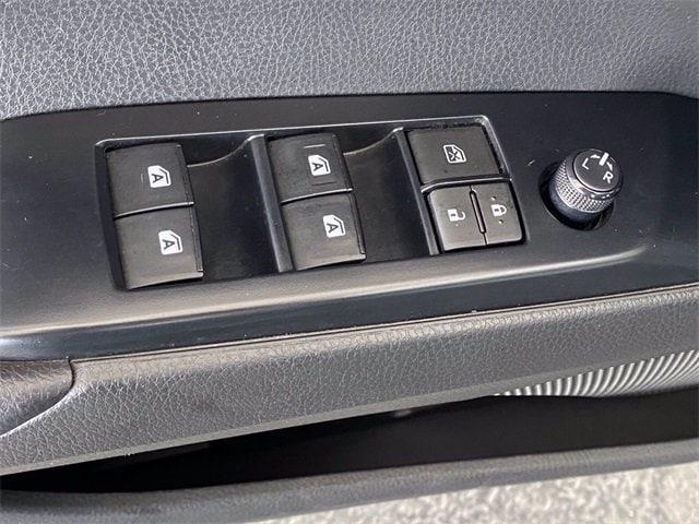 Toyota Camry 2020 price $20,981