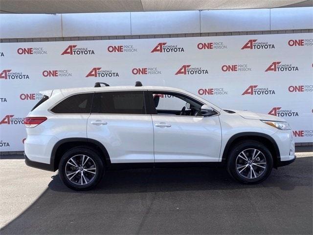 Toyota Highlander 2019 price $26,581
