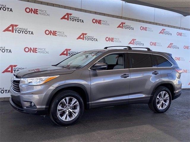 Toyota Highlander 2016 price $17,486