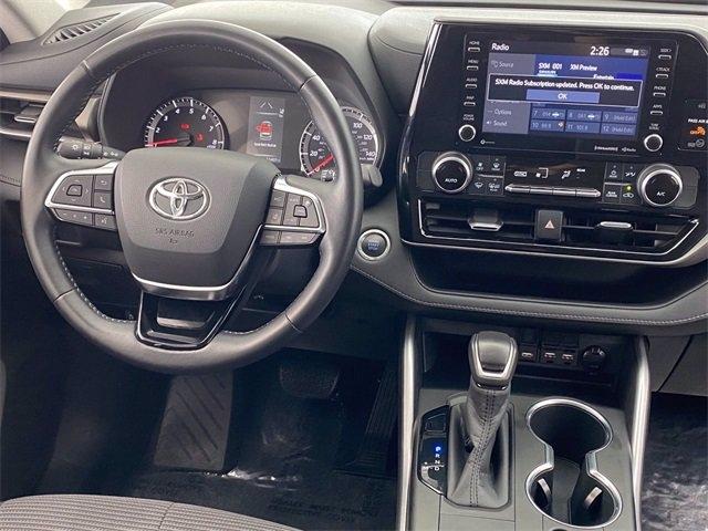 Toyota Highlander 2020 price $33,981