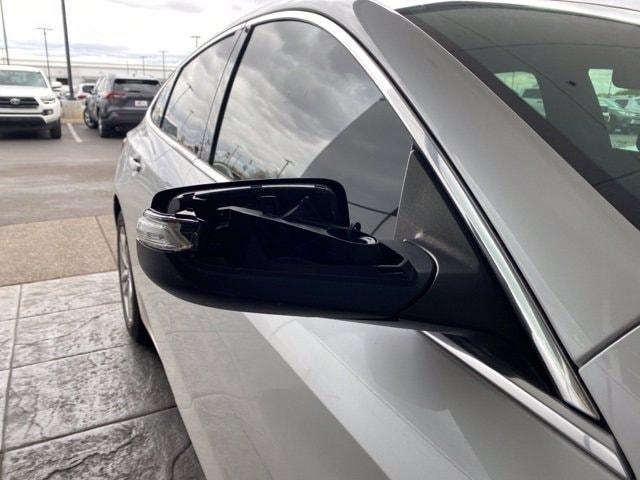 Chevrolet Malibu 2018 price $15,981