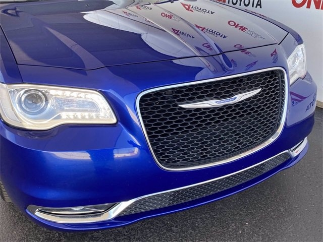 Chrysler 300 2018 price $20,981