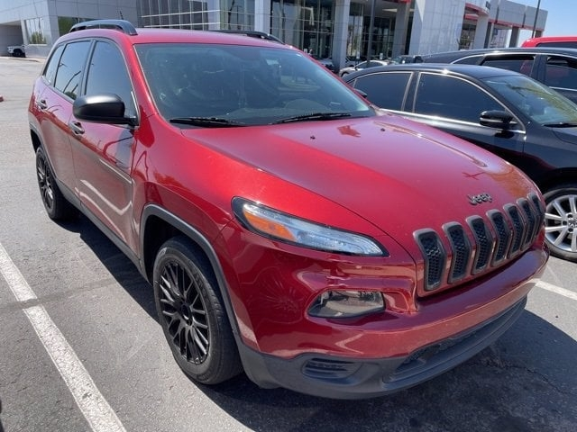 Jeep Cherokee 2016 price $17,481