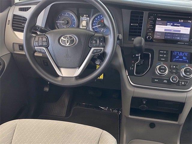 Toyota Sienna 2020 price $31,981