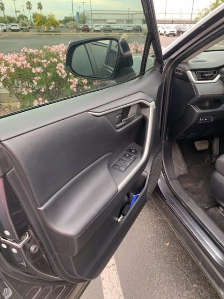 Toyota RAV4 2019 price $24,981
