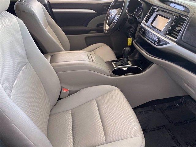 Toyota Highlander 2015 price $22,481