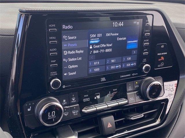 Toyota Highlander 2021 price $45,262