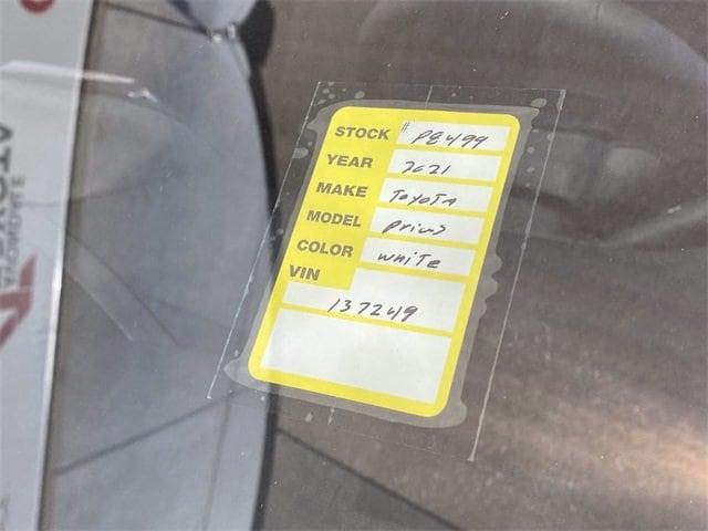 Toyota Prius 2021 price $35,442