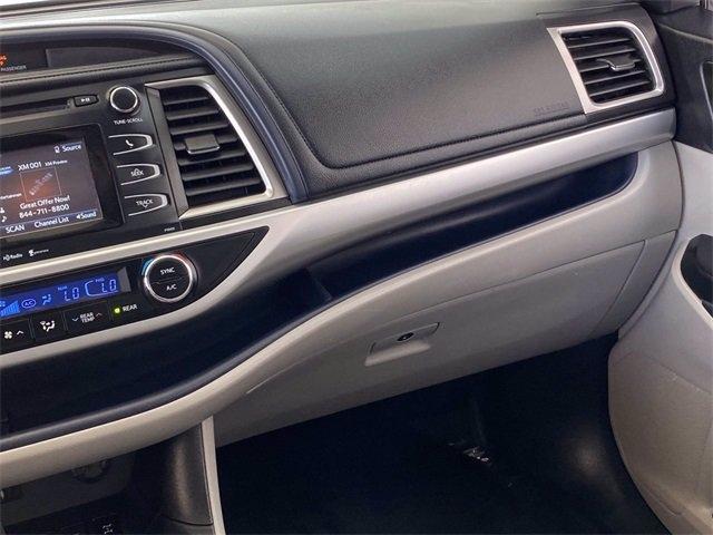 Toyota Highlander 2015 price $23,981