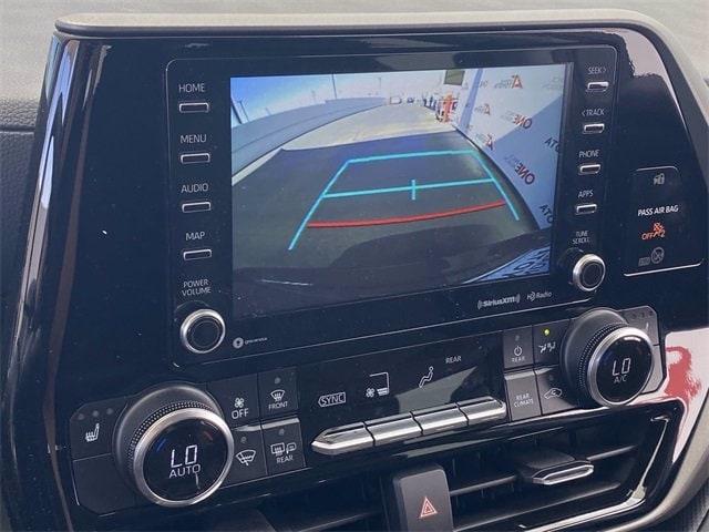 Toyota Highlander 2021 price $45,326