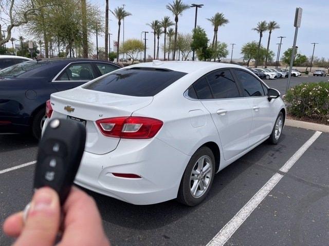 Chevrolet Cruze 2017 price $13,981