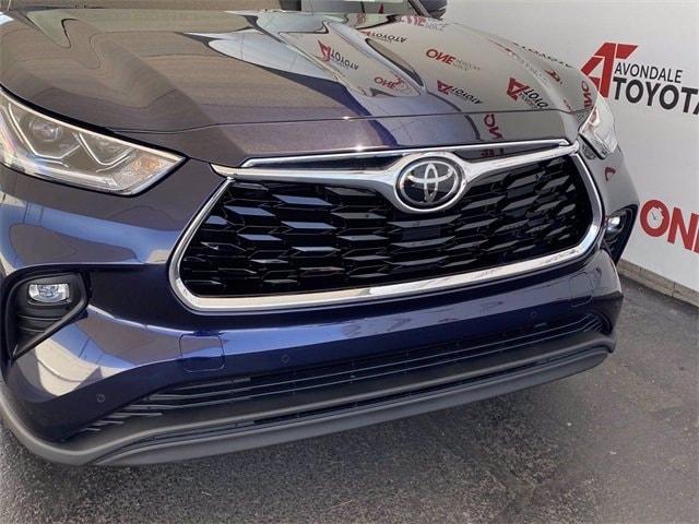 Toyota Highlander 2021 price $45,891