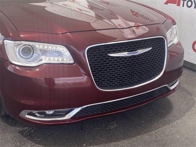 Chrysler 300 2016 price $19,683