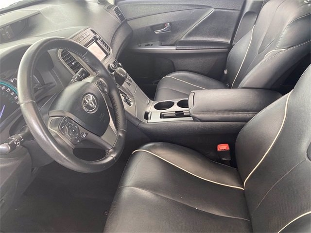 Toyota Venza 2013 price $17,481