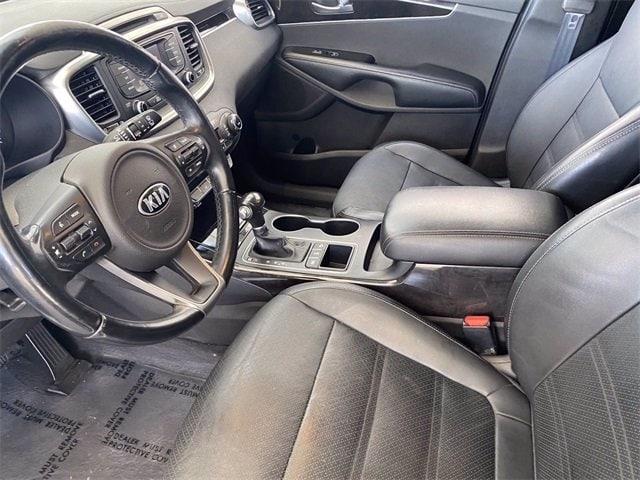 Kia Sorento 2016 price $17,986