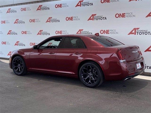 Chrysler 300 2019 price $26,982