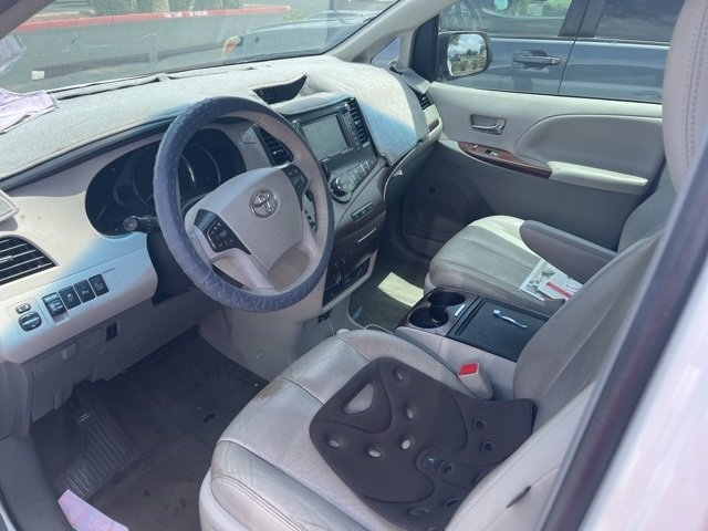 Toyota Sienna 2014 price $22,481