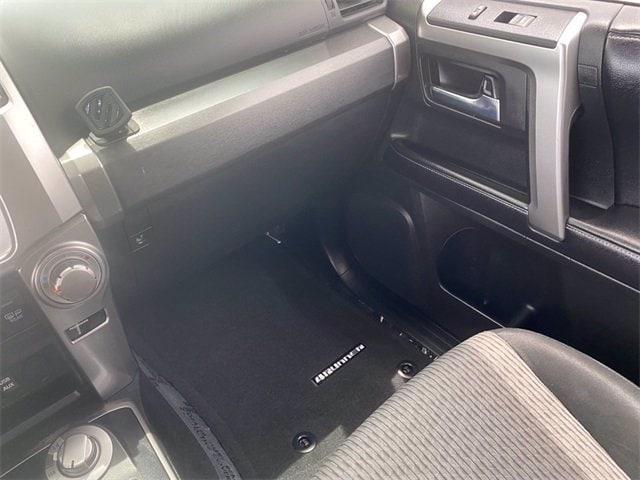 Toyota 4Runner 2017 price $38,981