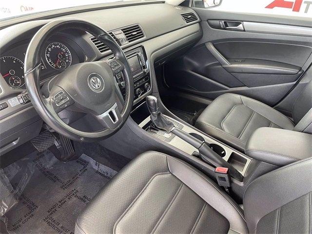 Volkswagen Passat 2014 price $13,481