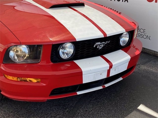 Ford Mustang 2005 price $19,981