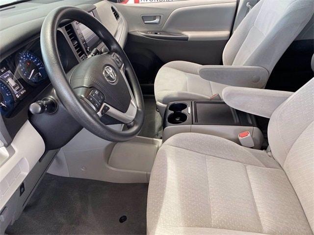 Toyota Sienna 2020 price $35,981