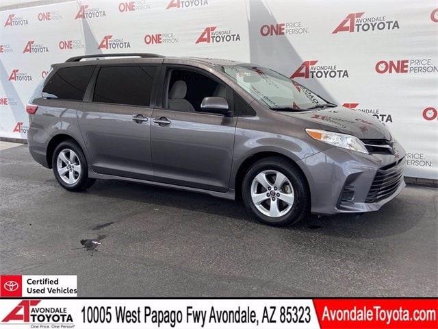 Toyota Sienna 2019 price $34,981