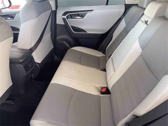 Toyota RAV4 2019 price $41,981