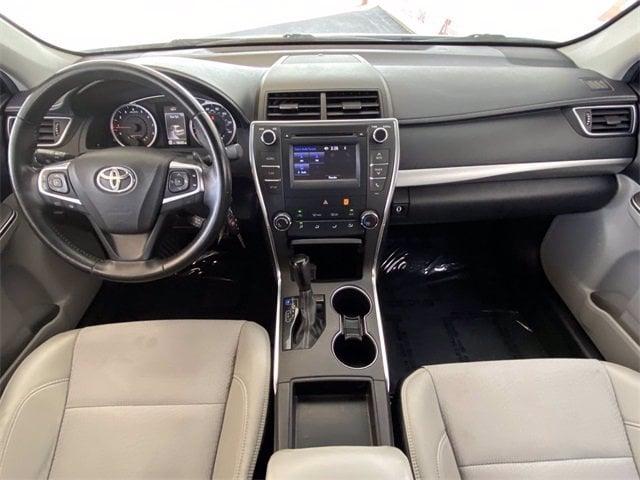Toyota Camry 2016 price $15,486