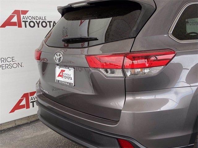Toyota Highlander 2019 price $32,781