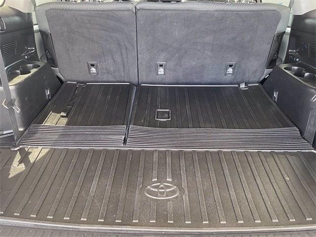 Toyota Highlander 2019 price $34,981