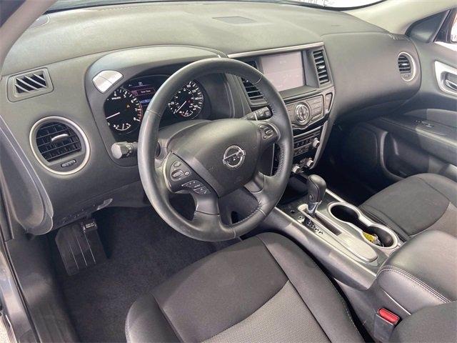 Nissan Pathfinder 2018 price $25,981