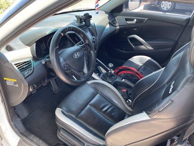 Hyundai Veloster 2015 price $13,981