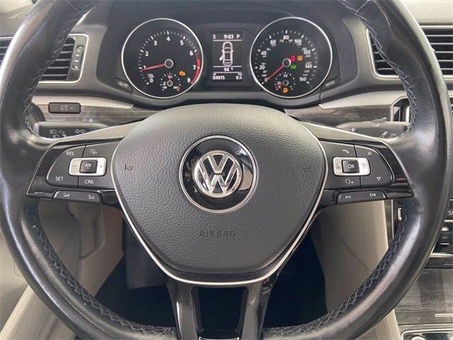 Volkswagen Passat 2016 price $15,781