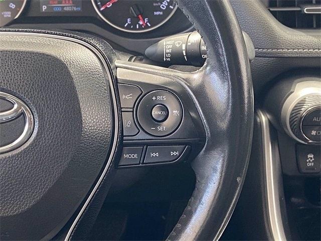 Toyota RAV4 2019 price $33,981